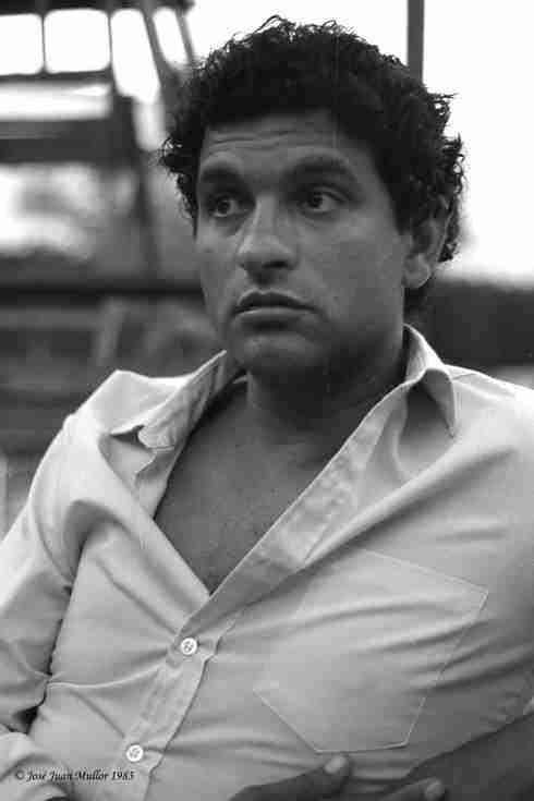 Soy un andaluz triste como Luis Cernuda, Carlos Cano por Juan Jose Mullor 1983