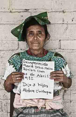 Felisa Matías Ojom, hermana de María Jesús Matías y cuñada de Toribio Chen, desaparecidos el 25 de abril de 1982 en Chichupac (Guatemala)