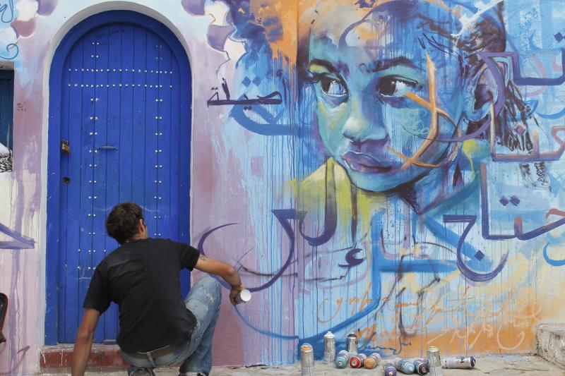 El Niño de las Pinturas en Assilah