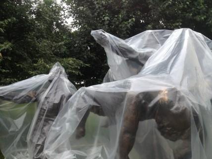 Estatuas disidentes. Foto de Wences Lamas y Jesús Llorente