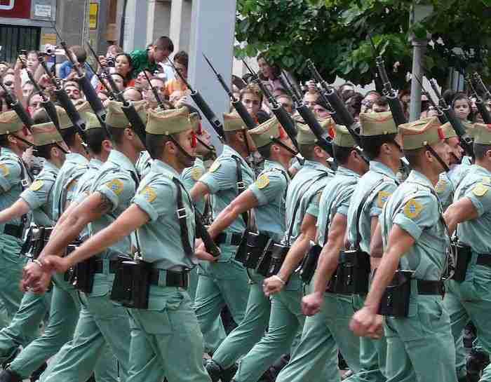 fuerzas armadas Foto de Óscar en el medio