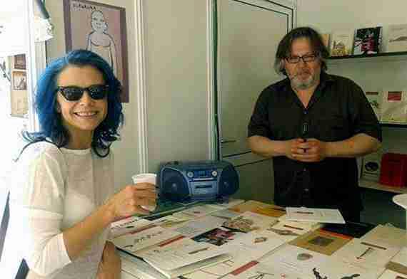 Nuria Ortega y Salvador Perpiñán en la Feria del Libro de Granada