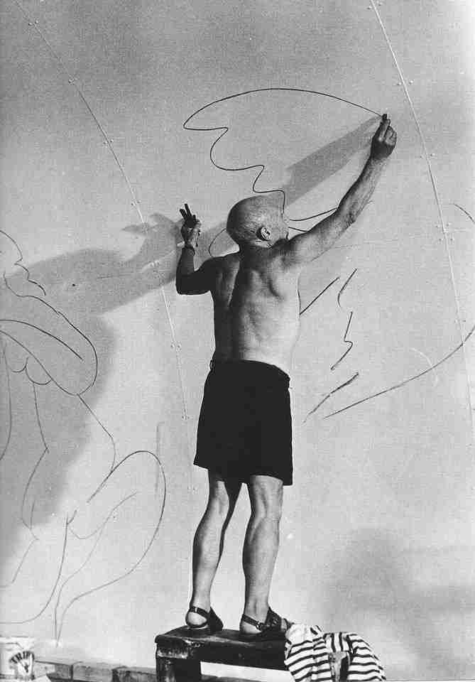 Picasso pintando la paloma de la paz
