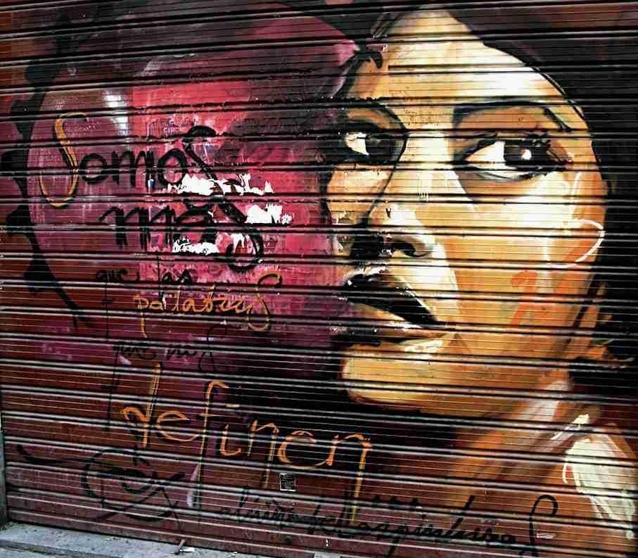 Somos más que las palabras que nos definen. Graffiti de El Niño de las Pinturas