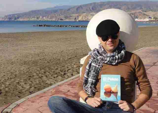 Pablo Requena acaba de publicar su primera novela, 'El Pelele'.