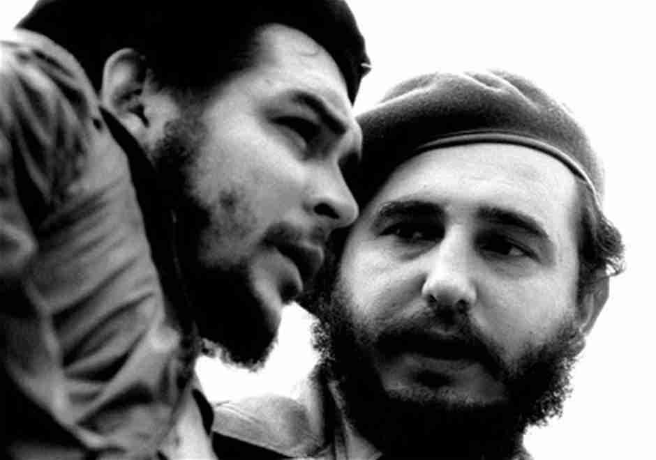 Fidel Castro y Che Guevara